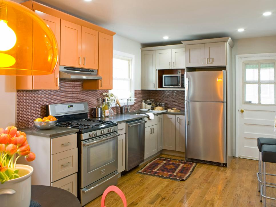 HKITC108_After-Full-Kitchen-Orange-Cabinets_s4x3.jpg.rend.hgtvcom.966.725