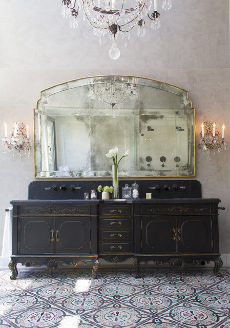 platner-co-portfolio-interiors-traditional-transitional-bathroom